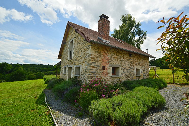 La Porcherie, vacation rental in Segur-le-Chateau