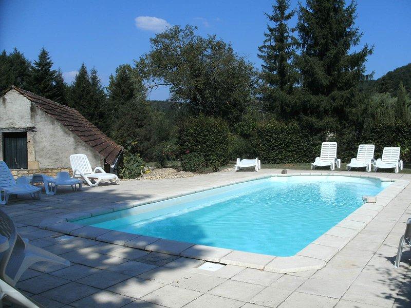 Rustige, centraal gelegen gite in Dordogne, holiday rental in Vezac