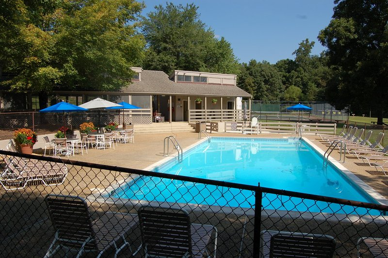 Rodes Farm Pool