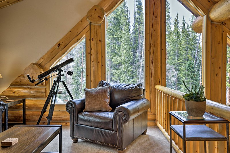 The vacation rental cabin is furnished with your comfort in mind!
