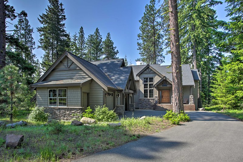 Large '7th Heaven Lodge' on Suncadia Golf Course!, holiday rental in South Cle Elum