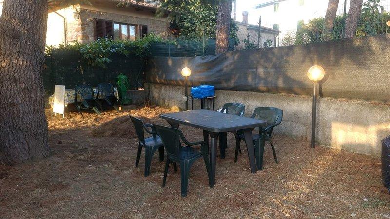 TOSCANA (MUGELLO MONTAGNA) CASA COLONIAL ACONCHEGANTE, holiday rental in Viamao