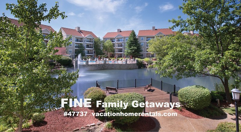 Branson Condo - 5 Star Luxury - See  Reviews!, vacation rental in Branson