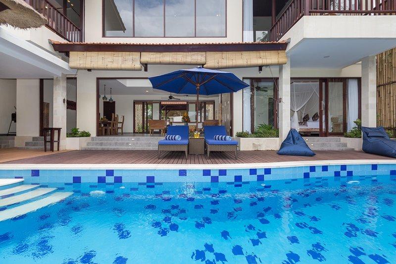 Relaxing 4 BR Family Villa Atap Padi in Ubud Village, location de vacances à Kedewatan