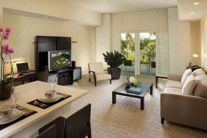 5300NW87A-C. Spacious And Luxurious 3 Bedroom 4 Bathroom Villa Sleeps 8, vacation rental in Orlando