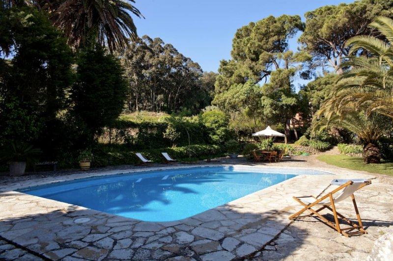 Iberis Villa, Sesimbra, Setúbal, holiday rental in Sesimbra