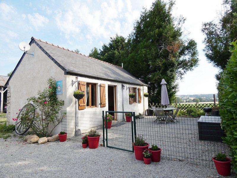 Gite Les Hetres, holiday rental in Martigne-Ferchaud