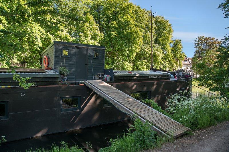 houseboat il mio pensiero, vista sul canale