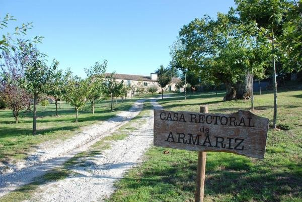 RECTORAL DE ARMARIZ, Ferienwohnung in Panton