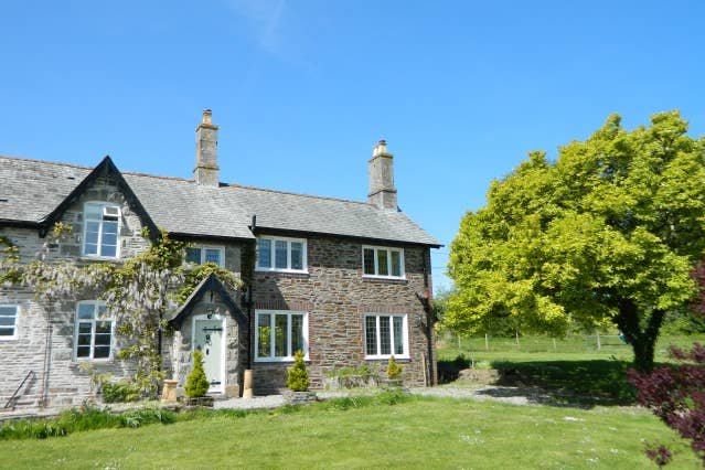 Victorian cottage overlooking the Plym Valley, vacation rental in Horrabridge