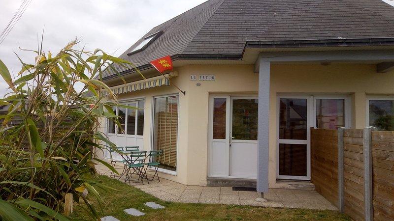 Villa Le Patio, vacation rental in Saint-Pair-sur-Mer