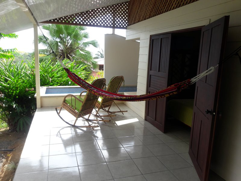 Casa Serena: your serene terrace on the tropics, vacation rental in Uvita