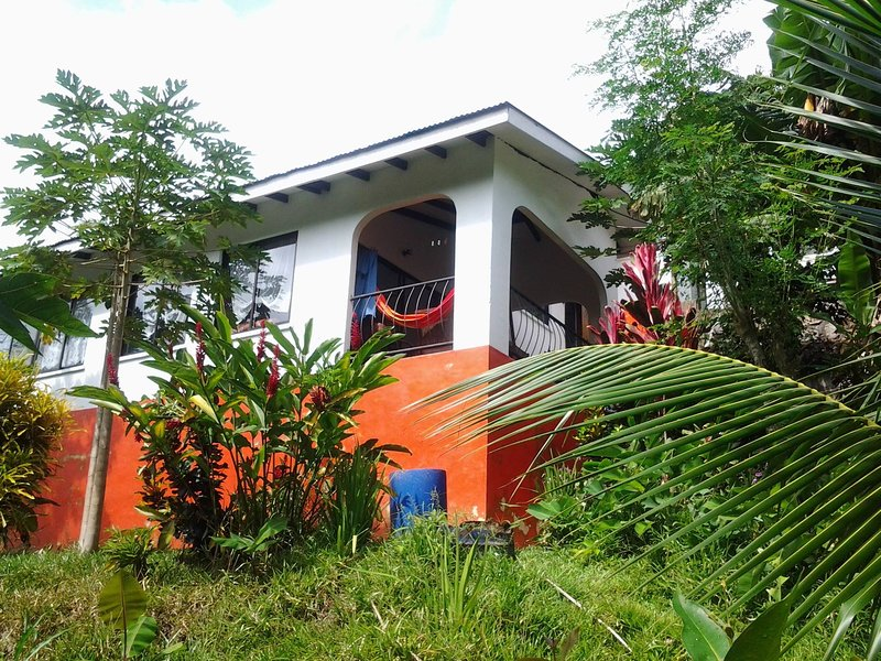 PAPAYAS GUEST HOUSE, alquiler vacacional en La Misere