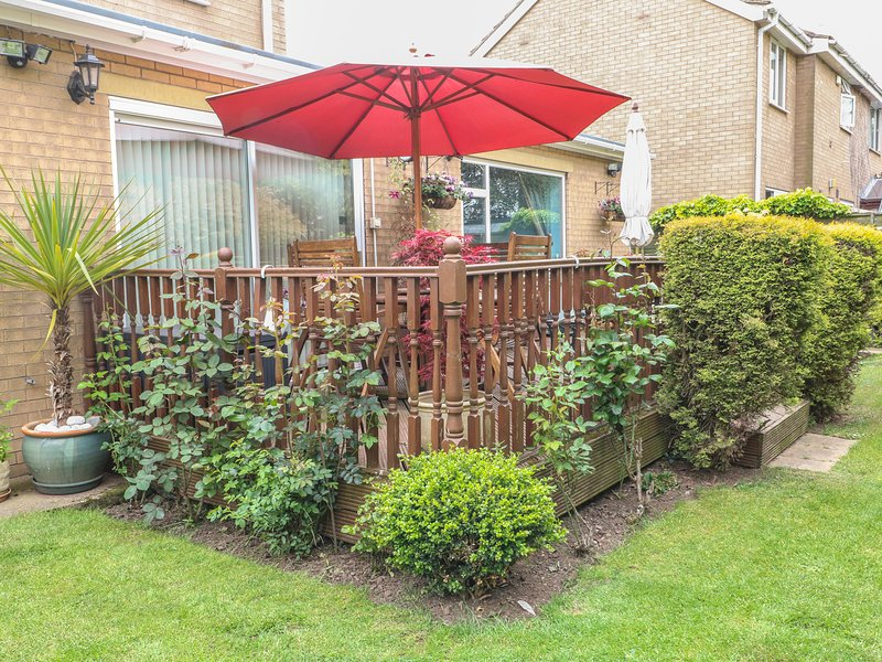 BRAYTON RETREAT, pet-friendly annexe adjoining owners' home, WiFi, Selby, Ref, location de vacances à Ryther