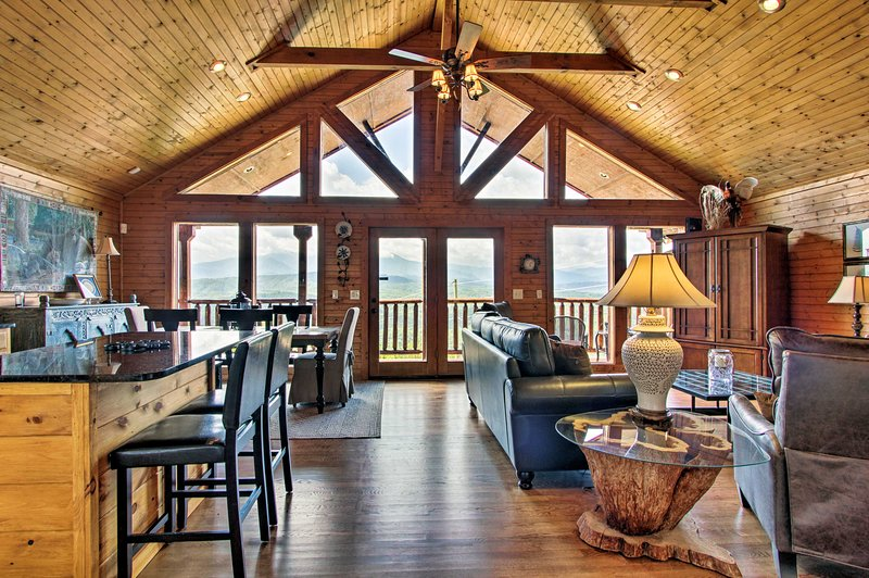Leave your worries behind and stay at this superb vacation rental cabin!