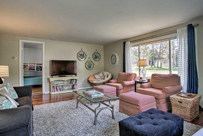 Su escapada familiar al Lago Michigan comienza reservando esta casa de vacaciones actualizada.