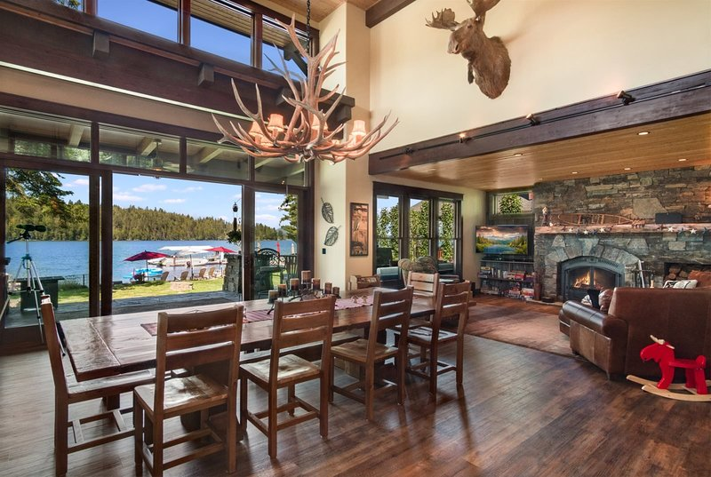 LUXURY Hope Waterfront Home and Guest House  Blue Heron Estate | Waterfront, LUX, vacation rental in Hope