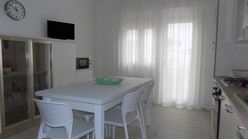 Bilocale in zona centrale, casa vacanza a Eraclea