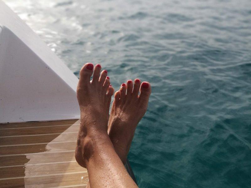 Nautas, enjoy La Graciosa staying in a beautiful sailboat, holiday rental in Caleta de Sebo