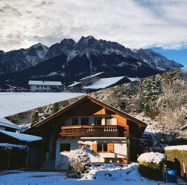'The View Chalet' Luxury Garmisch Resort, holiday rental in Hammersbach