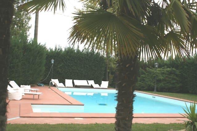 B&B Villa delle palme, vacation rental in San Prospero