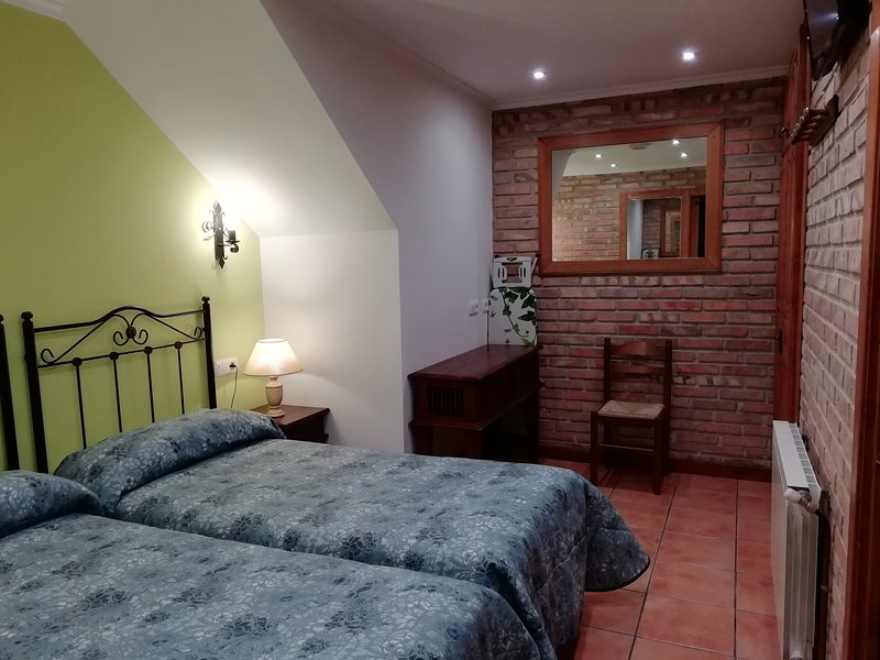 apartamento 2 plazas Poo, holiday rental in Llanes