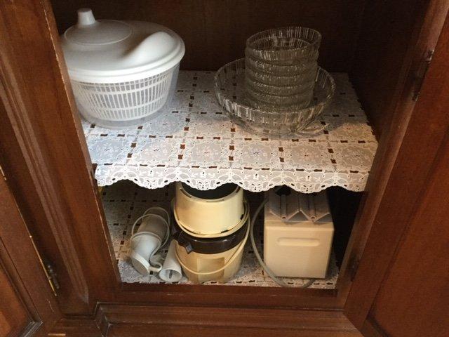 Kasten met keukengadgets