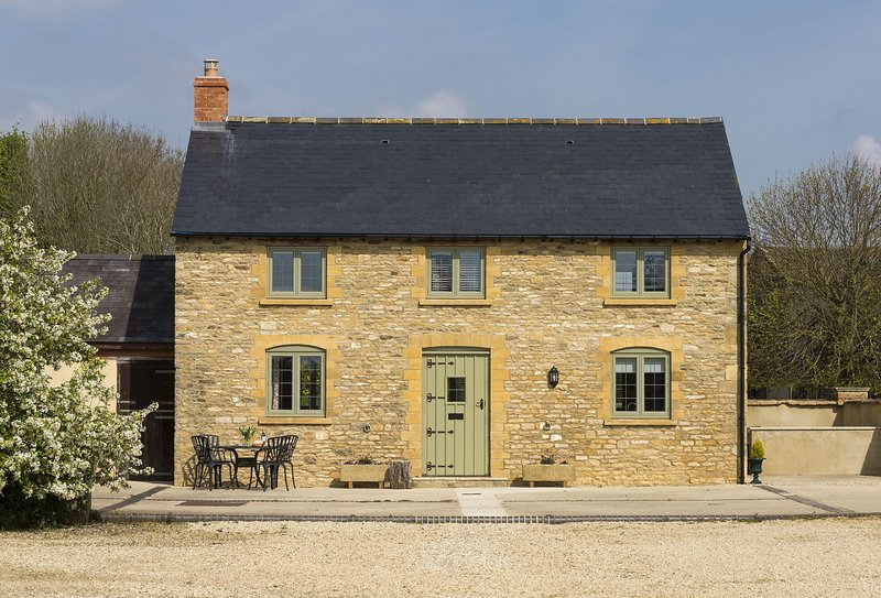 Alysas Cottage, holiday rental in Chipping Norton