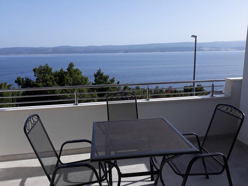 Medici Apartment Sleeps 4 with Air Con - 5460065, vacation rental in Medici
