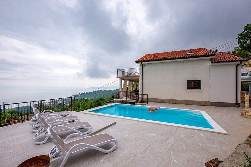 Ferienhaus 4683-1 für 8 Pers. in Icici, holiday rental in Ucka Nature Park