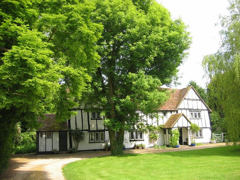 Gostelow House, holiday rental in Harlington