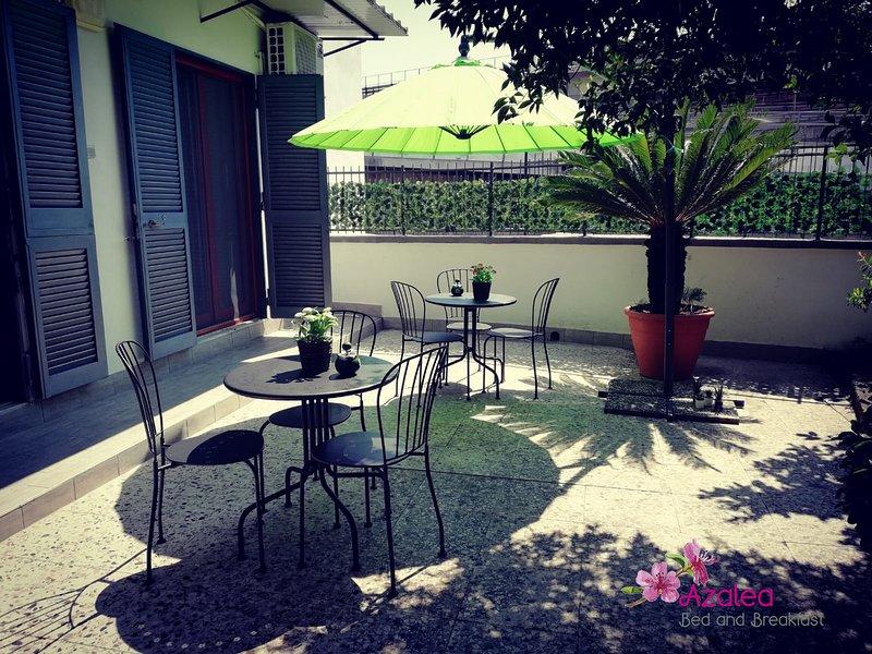 Azalea B & B (Tulipano) - Il tuo posto ideale, vacation rental in Panza