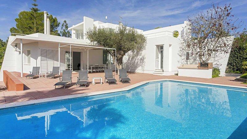 Can Furnet Villa Sleeps 6 with Pool Air Con and WiFi - 5805533, location de vacances à Nuestra Senora de Jesus
