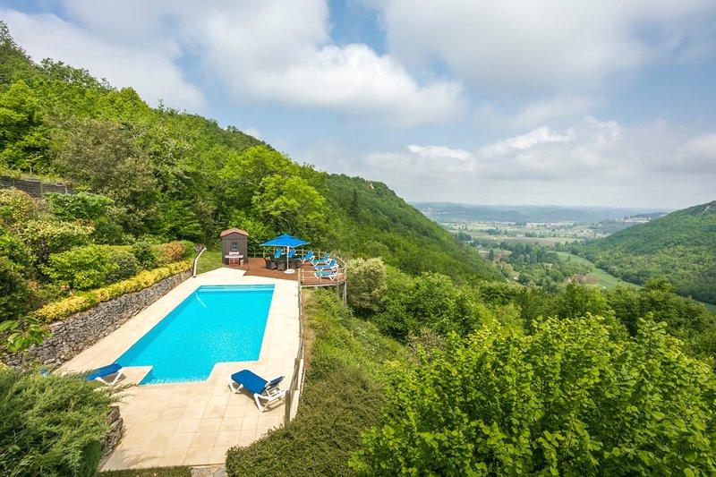 Castelnaud-la-Chapelle Villa Sleeps 8 with Pool and Air Con - 5502951, casa vacanza a Saint-Cybranet