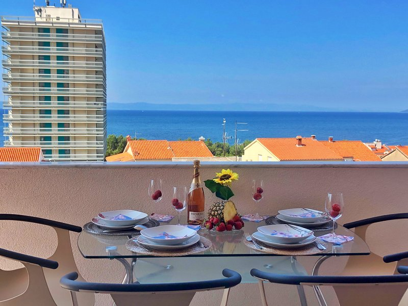 Luxury Sea View apartment, location de vacances à Makarska