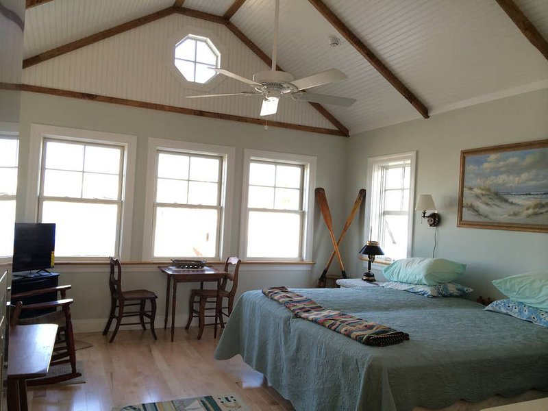 'Oarhouse' garage apartment by sea, casa vacanza a Manasquan