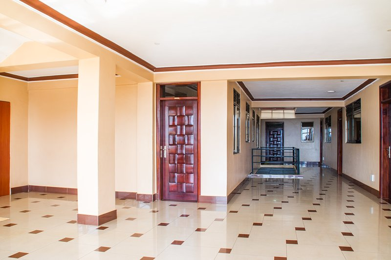 Airport Apartments Hotel, holiday rental in Entebbe