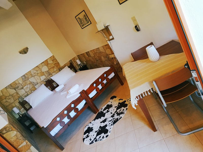 George's Houses deluxe studio for family, holiday rental in Agios Nikolaos