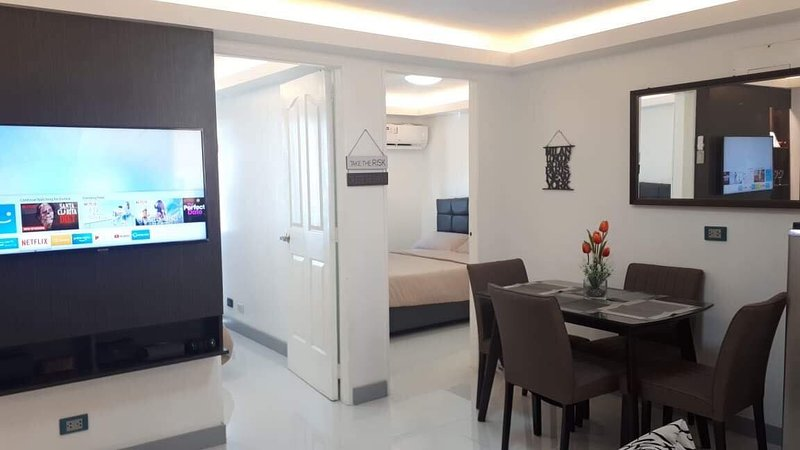 TWO-Bedroom Condo in Pasig, holiday rental in Taytay