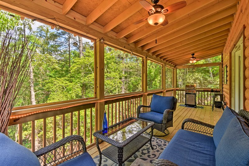 Custom Mtn Cabin by Hiking/Motorcycle Routes!, holiday rental in Culberson