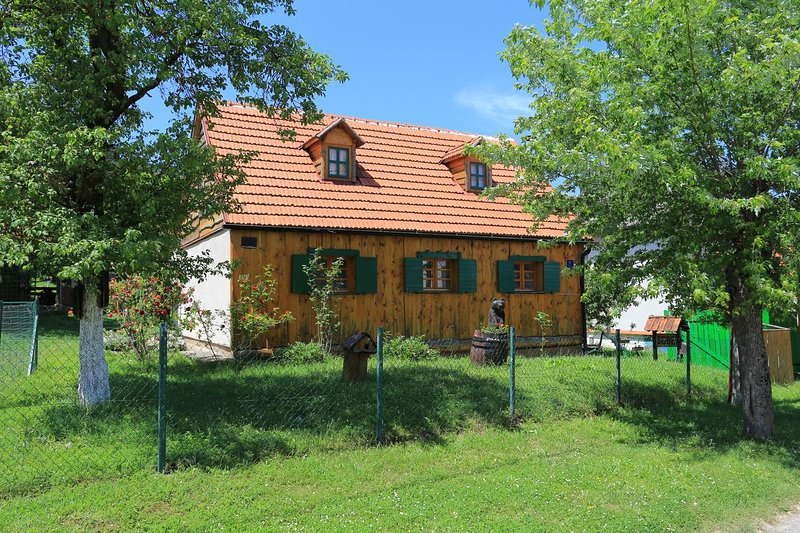 Two bedroom apartment Perušić, Velebit (A-17540-a), holiday rental in Gospic
