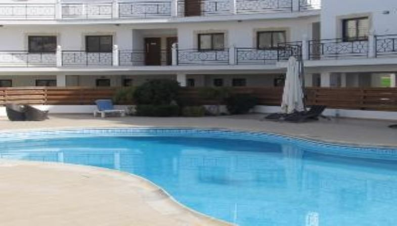 Modern and homely 1 bedroom flat with wifi, alquiler vacacional en Tersefanou