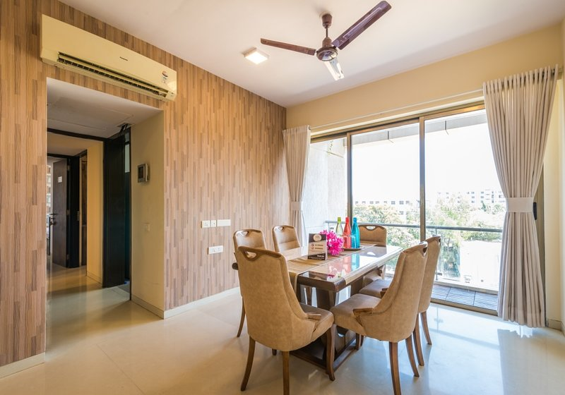 Peachy Pearl 7 Bedroom near MIDC, holiday rental in Mumbai