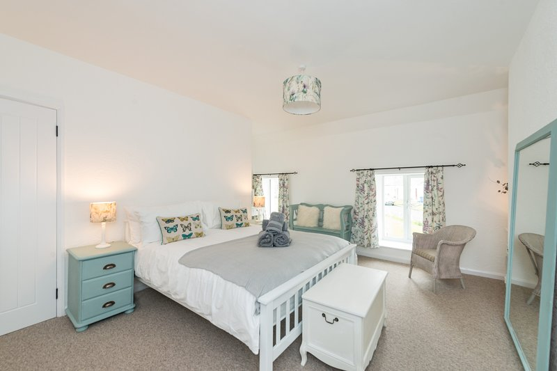 Newly Renovated Cottage on Norham Village Green, vacation rental in Norham