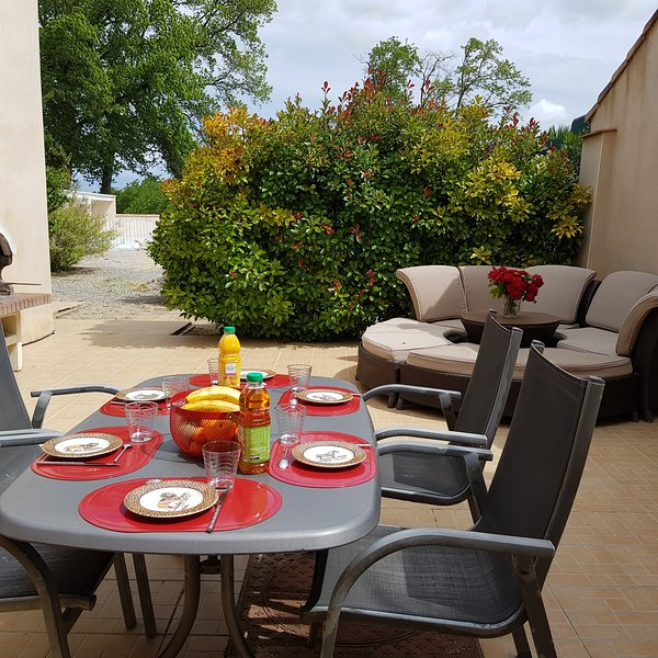 Gîte,  LA Lucque, vacation rental in Narbonne