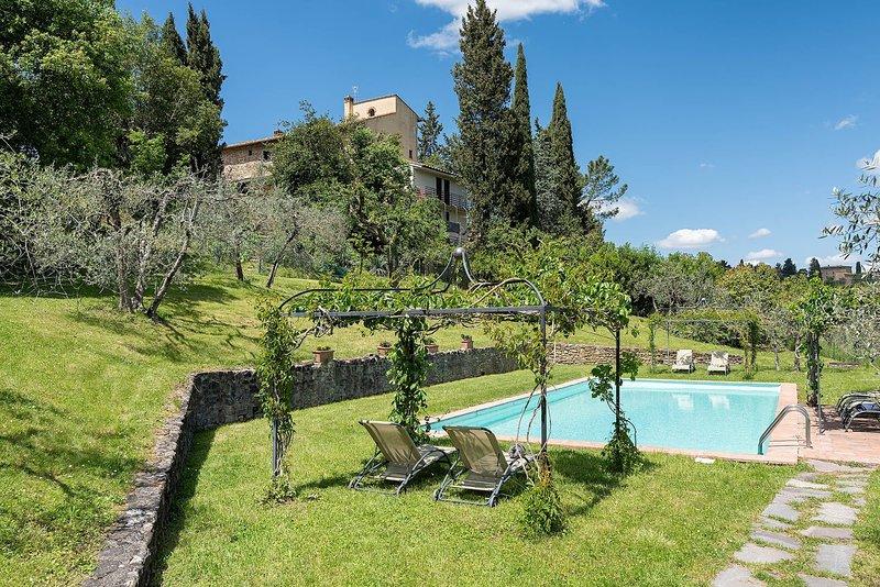 Casale Tignano, vakantiewoning in Barberino Val d'Elsa
