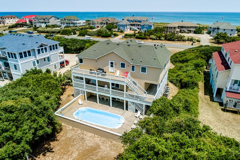 South Bound | 420 ft from the beach | Private Pool, Hot Tub, Dog Friendly | Sout, alquiler de vacaciones en Southern Shores