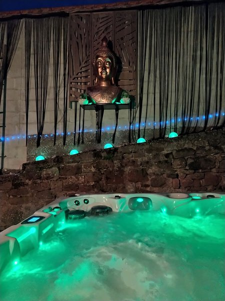 Maison au calme proche de Strasbourg avec spa privatif et piscine de saison, holiday rental in Dahlenheim