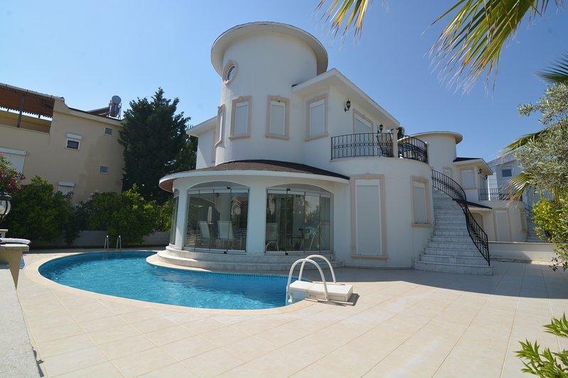 Bella Villa 2-BELEK, vacation rental in Belek