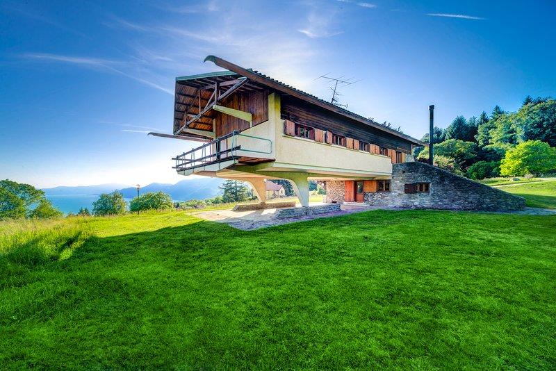 CASA K2 By Carlo Mollino, holiday rental in Dumenza